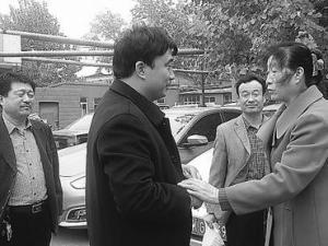 带着土特产和红包 王文广兄弟赴天津谢恩人